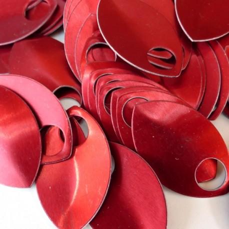 Šupiny velké červené - 10 Ks