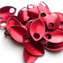 Šupiny malé červené - 10 Ks